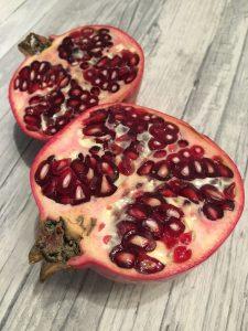 Granatapfel entkernen ohne Spritzer