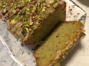 Avocado-Pistazien-Limetten-Kuchen