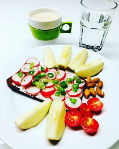 Frühstücksbrote Gemüse & Ei