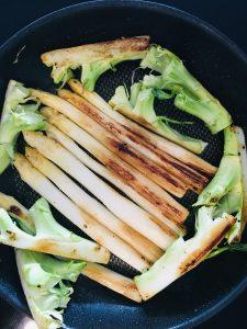 Gebratener Spargel mit Brokkoli