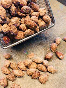 Gebrannte Mandeln aus der Heißluft-Fritteuse
