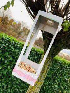DIY Tetrapak Vogelfutter Haus