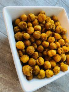 Geröstete Kichererbsen aus der Heißluft-Fritteuse
